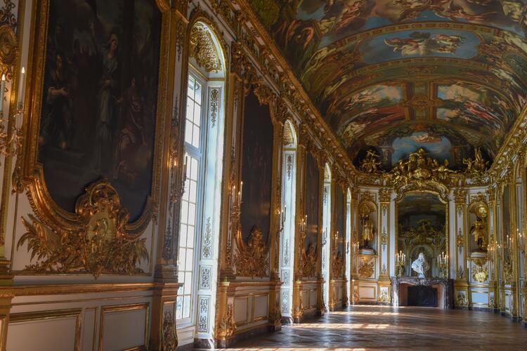 Galerie dorée restaurée